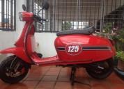 Vendo moto scomadi 125 cc color rojo