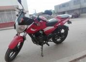 Ganga vendo moto color rojo