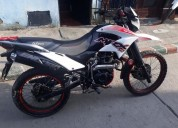 Se vende linda moto mrx ganga barata color blanco