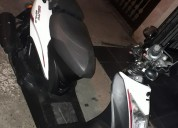 Vendo moto agility modelo 2016 color blanco