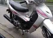 Se vende moto unik 110 modelo 2014 color blanco