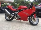 Ducati supersport color rojo