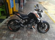 Se vende moto ktm duke 200 color blanco