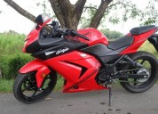 Ninja 250 modelo 2012 color rojo