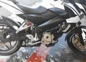 Hermosa moto pulsar ns 200 color blanco