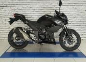 Kawasaki z 250 color negro