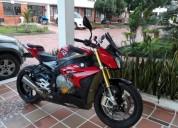 Bmw version premium color rojo