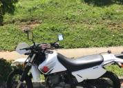 Suzuki dr 650 color blanco