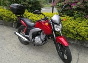 Moto suzuki gsx 125 color rojo