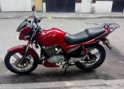YAMAHA FINO 110 2013 color Rojo