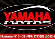 Yamaha motos color negro