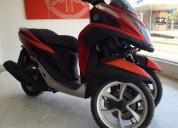 Yamaha tricity color anaranjado