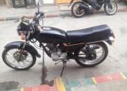 Se vende moto west lf 125 color negro