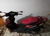 moto um automatica color negro