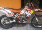 Vendo moto ktm color anaranjado
