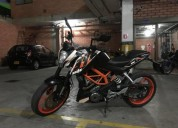 Ktm 390 duke color blanco