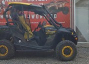 Canam commander color negro