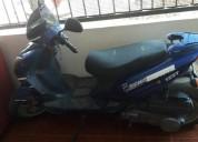 Moto barata color azul