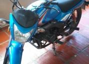 Vendo linda moto aprovecha color azul