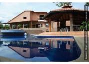 Vendo cabana recta corozal 6 dormitorios 2800 m2