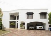 Casa en venta en cali pance 4 dormitorios 939.64 m2