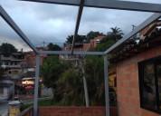 Instalación de estructuras y techos