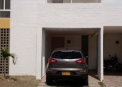 Casa en arriendo en jamundi el castillo 3 dormitorios 140 m2