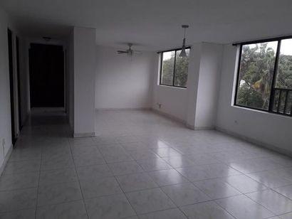 Apartamento En Venta En Cali El Ingenio I 3 dormitorios 105 m2