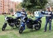 Domiciliario con moto.