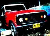 Excelente jeepster 1975 v8