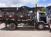 Camion daihatsu delta turbo con brazo hidraulico 68 000 km.