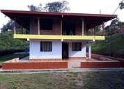 Arriendo excelente casa nueva en santa elena