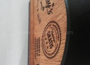 Novedoso servilletero en madera