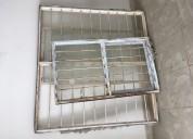 Vendo láminas de zinc, ventanas y escalera metálic