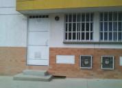 Vende local - apartaestudio exterior permuto